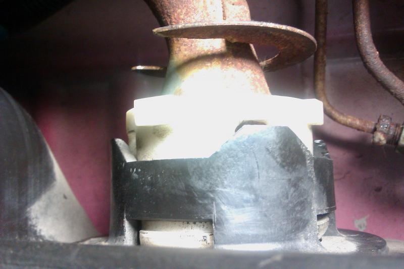 Fuel Tank/Pump Removal..help!-imag0182.jpg